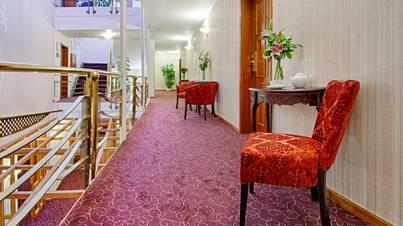 Помещения отеля и экстерьер