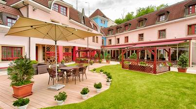 Restaurant et terrasse